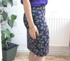 pattern for simple long skirt to make a beautifully easy stretch pencil skirt