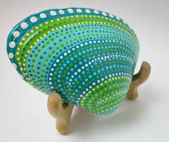 painted seashells u0026 stones this is a good idea for deanna wheeler