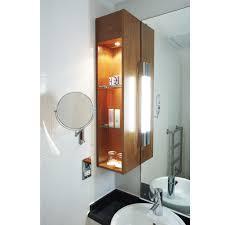 Bad Spiegelleuchte Leistungsstarke Und Formschöne Badspiegelleuchte Ip44 Chrom