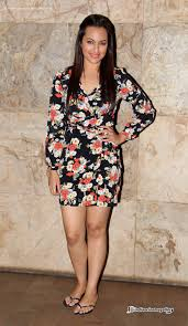 sonakshi sinha sonakshi sinha at queen movie special screening