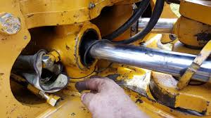 repair swing cylinder backhoe jd 310 e youtube