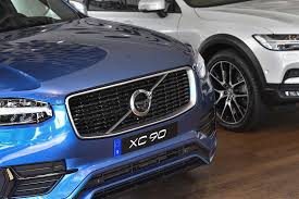 v olvo volvo plans to electrify all of its cars are the days of the