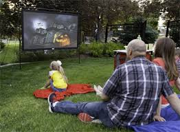 Backyard Outdoor Theater by How To Set Up A Backyard Movie Theater