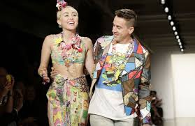 Seeking Nowvideo Designs Custom Look For Miley Cyrus Younger Now