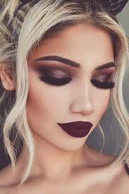 Make Up hire makeup by makeup artist in calabasas california