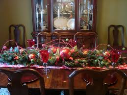 Dining Room Christmas Decoration Idea With Rustic Decoration Such