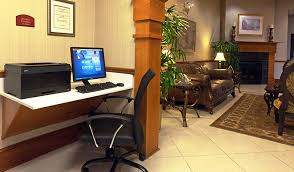 Comfort Suites Comfort Suites Comfort Suites Historic District Savannah Hotel Meetsavannah Com