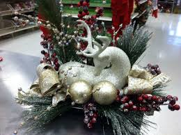 Christmas Centerpiece Craft Ideas - 240 best christmas floral ideas images on pinterest christmas