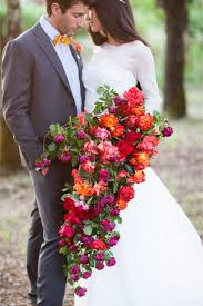 cascading bouquet hot wedding trend cascading bouquets pretty happy