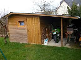 construire son chalet en bois abri de jardin construction plans conseils piège a eviter