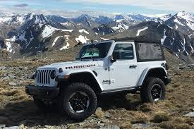 official 2018 jeep wrangler interior shots revealed automobile