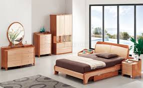 Hshire Bedroom Furniture B32 Bedroom In Cherry Light Two Tone High Gloss By Pantek