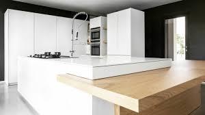 cuisine 2 couleurs cuisines plan de travail pour cuisine plan travail en bois