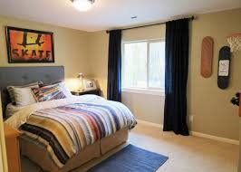 bedroom stunning wall art decorated with skateboard bedroom decor