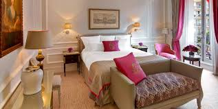 luxury hotel rooms u0026 suites with eiffel tower view plaza athenee