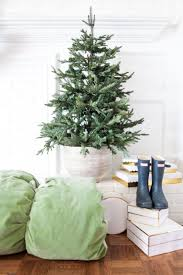Decorate Christmas Tree At Home by 882 Best Holiday Decorating Ideas Images On Pinterest Christmas