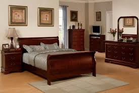 Cherry Wood Sleigh Bed Stunning Cherry Bedroom Sets Contemporary Decorating Design