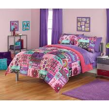 Girls Bright Bedding by 12 Best Bedding Images On Pinterest Comforters Bedding And