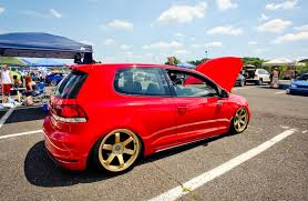 red volkswagen golf red vw golf mk6 on golden rims vw golf tuning
