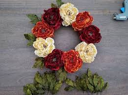 Thanksgiving Wreath Craft How To Create A Diy Thanksgiving Wreath For Your Front Door Hometalk