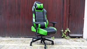best pc gaming chair 2017 the best gaming chairs to play in