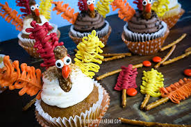 turkey cupcakes for thanksgiving the shabby creek cottage