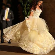 2017 new saudi wedding dresses bride cute sweetheart neckline