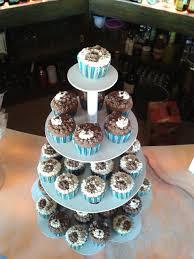 cupcakes de osito y huella de oso para baby shower pasteles