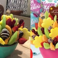 edible deliveries edible arrangements 15 photos 26 reviews florists 1215