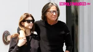 shiva safai mohamed hadid mohamed hadid shiva safai are happy and in love walking to lunch