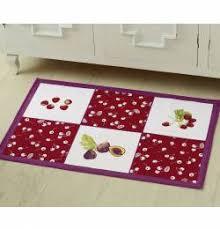 tapis de cuisine violet accessoire de cuisine françoise saget