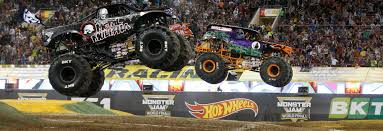 racing monster trucks grave digger crowned 2016 mj world finals xvii racing champion