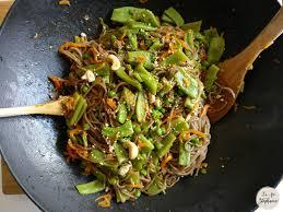 recette cuisine au wok wok de légumes et spaghetti de sarrasin recette végétale et sans