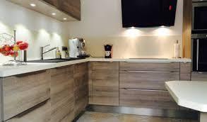 cuisine blanc laqué et bois cuisine blanc laque avec ilot 12 cuisine contemporaine cuisine en