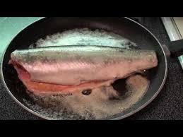 cuisiner des truites comment cuire une truite mouchetée à la poêle