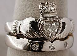 claddagh wedding ring sets 18kt claddagh wedding set