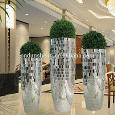 Mirrored Vases List Manufacturers Of Silver Wedding Vases Buy Silver Wedding