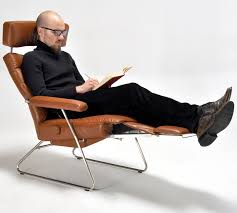10 reading through chairs to get cozy with your favourite guide
