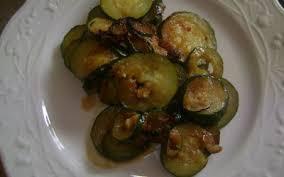 cuisiner courgettes poele recette poêlée de courgettes à la bolognaise pas chère et express