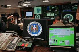 u s intelligence officials to monitor federal employees with