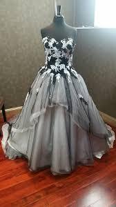 black and white wedding dresses blackandwhiteweddingdresses 79202 1484682648 jpg c 2