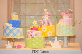 topsy turvy diaper cake pattern instructional video diaper