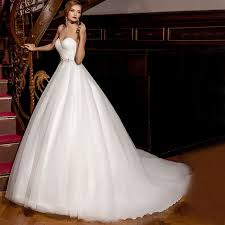 custom design a wedding dress online