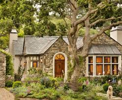 Contemporary Cottage Designs by Best 25 Cottage Exterior Ideas Only On Pinterest Cottage