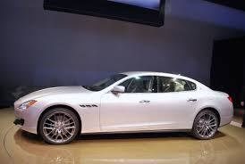 white maserati wallpaper maserati quattroporte 5 cool car wallpaper