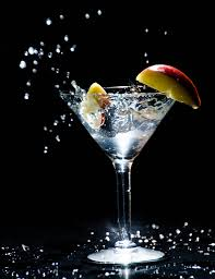 martini cocktail splash splash object apple martini nayyar photography flickr