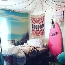 Ocean Themed Home Decor Best 25 Beach Dorm Rooms Ideas On Pinterest Dorm Room Pictures
