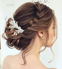 Frisuren Mittellange Haar Hochzeit by Die Besten 25 Brautfrisuren Mittellang Ideen Auf