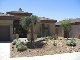 Landscaping Ideas For Small Front Yards Best 25 Desert Landscape Backyard Ideas On Pinterest Low Water