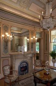 Kimball Victorian Furniture Reproductions by Best 25 Victorian Parlor Ideas On Pinterest Living Room